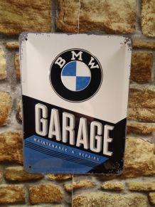 PLAQUE METAL EN RELIEF BMW