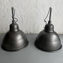 LOT 2 LAMPES SUSPENSIONS D'USINE  38 CM
