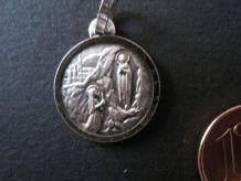 médaille sainte vierge 16 mm Sainte Vierge APPARITION