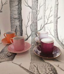 Vintage tasses à café et petites assiettes rose parme prune