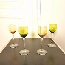 4 verres Roemer en cristal coloré