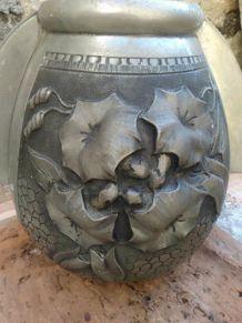 Vase en étain René Sitoleux - Paris -   Art Deco