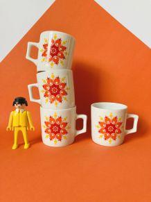 4 tasses à café en porcelaine blanche à pois WINTERLING