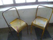 2 chaises vintage en métal