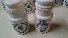 Pots à pharmacie d apothicaire 9 pots dont 4 bleu et 5 vert