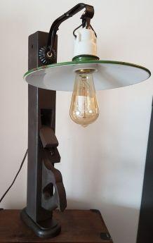 N° 247 Lampe Varlope debout