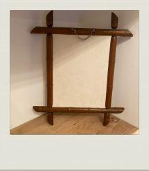 Miroir en bois, sculpté pour imiter le bambou