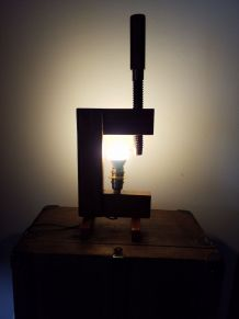 Lampe serre joint n° 47