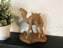Statuette dromadaire en bois