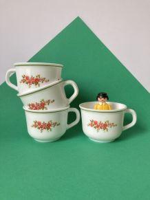 4 tasses à café à motif floral rouge et vert  des années 80