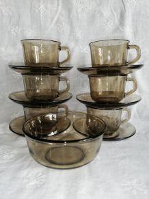 Tasses à café Arcoroc en verre fumé