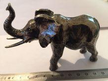 Statuette éléphant étain
