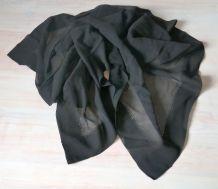 Ancien Foulard en crêpe noir transparent avec jours