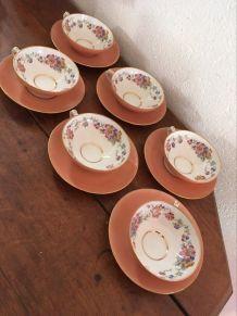 6 tasses et sous tasses vintage D R B Limoges France.