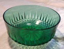 Saladier en verre taillé vert