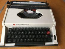 Machine à écrire Olympiette