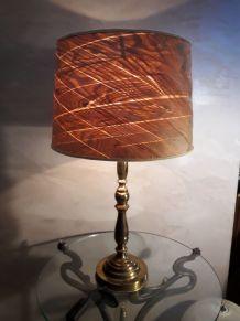 grande lampe laiton et bois 1970 très élégante 60x35cm  mise
