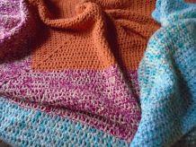 Plaid en laine crochetée