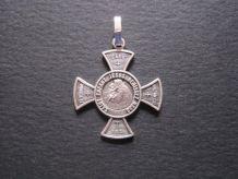 médaille croix Saint Antoine métal blanc