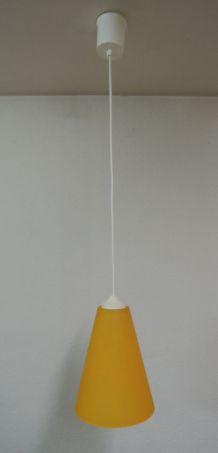 Suspension conique en verre