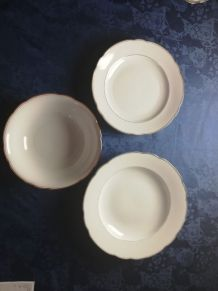 Set de porcelaine blanc et dorée vintage (3 pièces)