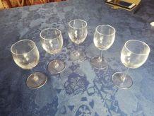 Ensemble de 5 verres à liqueur