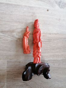 Statue chinoise en corail rouge