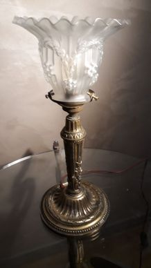 lampe  art nouveau  1900  a 30     tulipe tres jolie  style