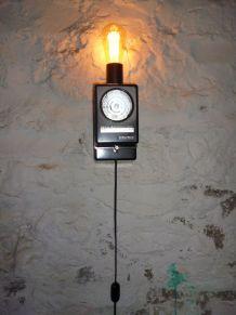 LAMPE APPLIQUE MURALE - DESIGN SUISSE