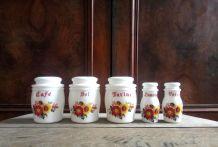 Jolie série de 5 pots à épices en opaline