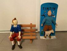 Rare lot figurine en céramique faience peinte et poupée tint