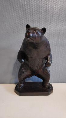 ours brun en plâtre signé Patrick Verdier