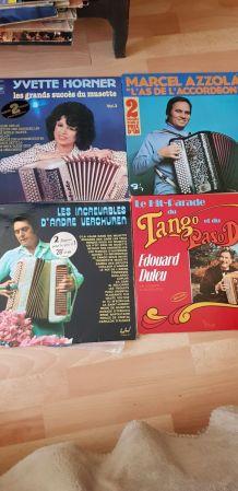 Lot de 20 vinyles divers