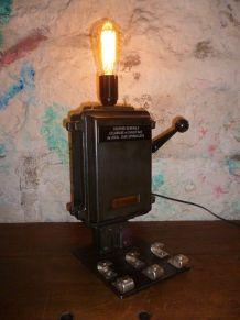 Lampe design industriel - LEGRAND -