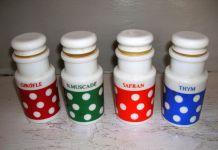 Arcopal? série de 4 pots à condiments