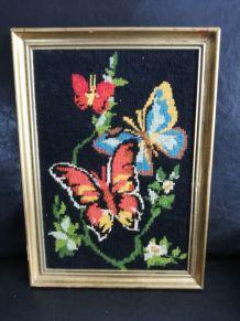Cadre tapisserie, canevas vintage papillons