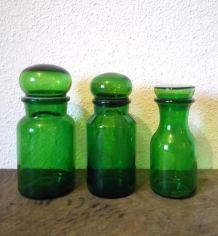 Trio de jolis pots en verre