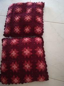 2 coussins crochet vintage