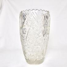 grand vase en verre taillé