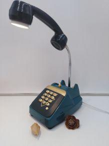 Lampe téléphone /lampe industrielle /détournement d'objets