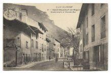 CPA - Saint Rambert en Bugey (01) Gendarmerie et Grand Rue