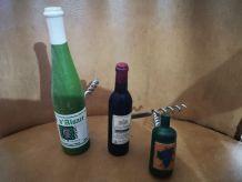 LOT de 3 tire-bouchons forme bouteilles vins