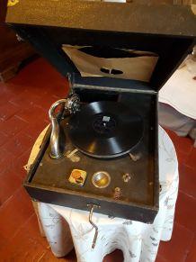 vends phonographe avec disques