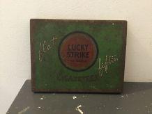 Boîte à cigarettes ´´ Lucky Strike ´´
