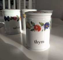 lot de 4 pots a épices porcelaine