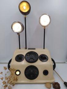 Ionophore/lampe industrielle /detournement d'objet