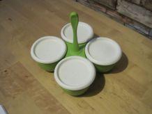 boite Tupperware  4 boites avec couvercles
