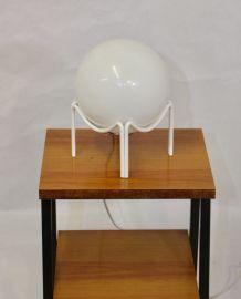 LAMPE VINTAGE SPHÉRIQUE OPALINE BLANC – 1970. REF BULLE