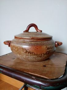 Pot couvert soupière céramique mouchetée