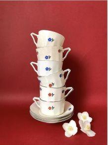 Service à café à fleurs rouge/bleu des années 50
